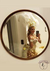Las Vegas Walking Act & Showgirl & Bauchladengirl
